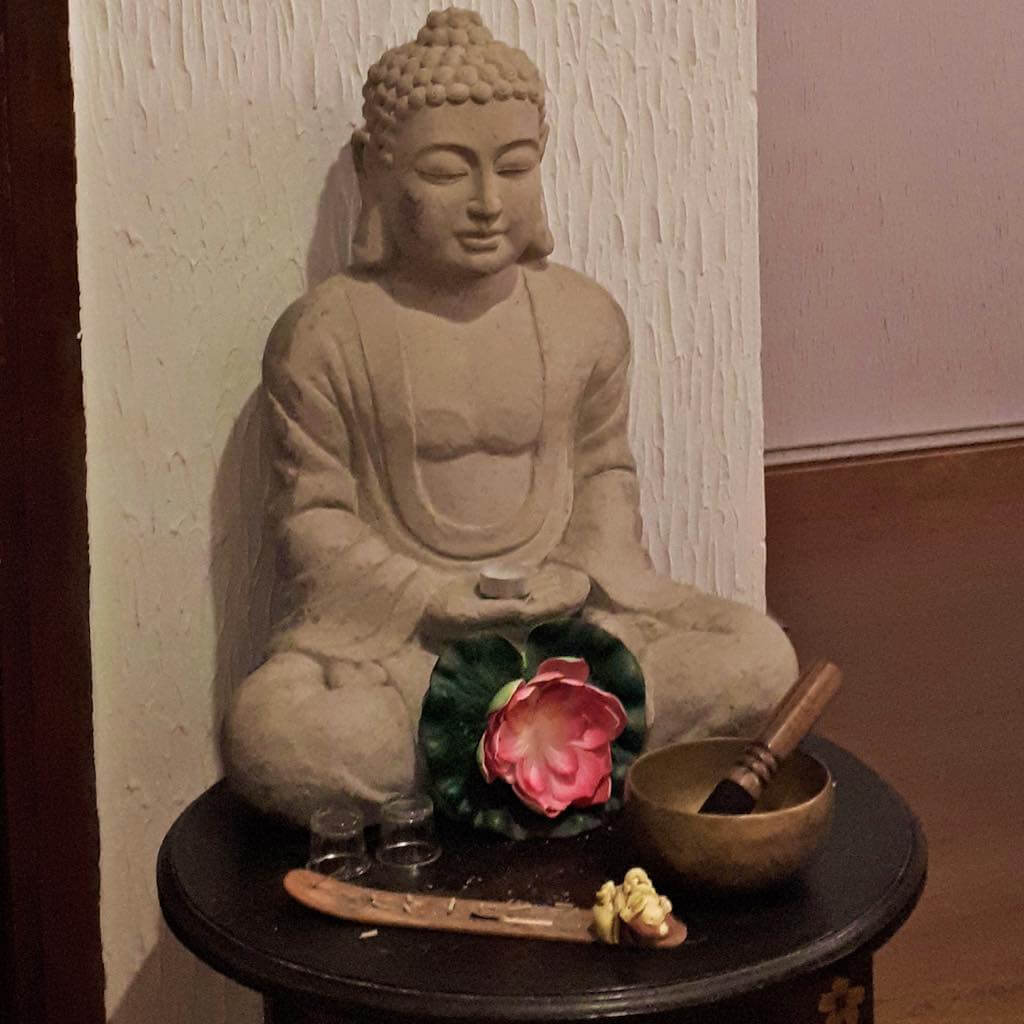 buda meditando tibet